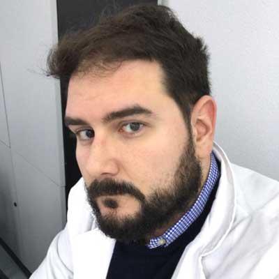 Doctor en centro de Medicina Hiperbárica