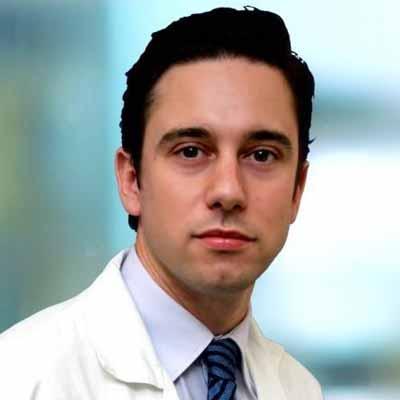 doctor israel Iglesias